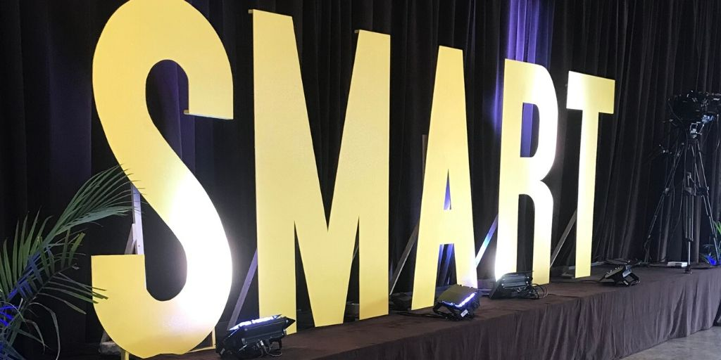 What is a Smart Party_